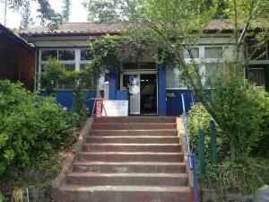 廃校改装のレストラン