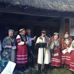 エストニア首都タリンにて、地元の祭りに参加